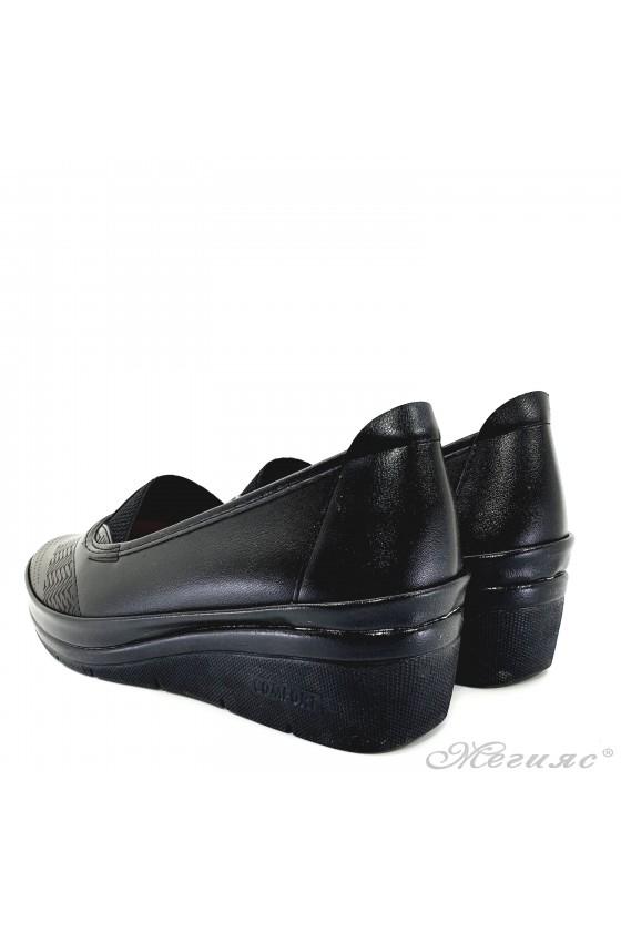 Дамски обувки на платформа черни 305-10