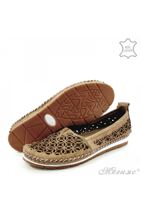 Lady shoes big size beige leather 68