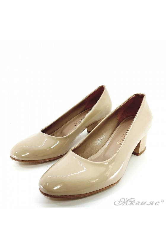 Lady elegant shoes 903 beige patent with middle heel
