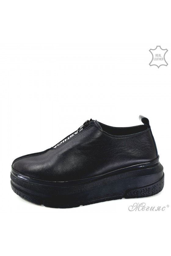 Lady shoes black leather 1551-011-01