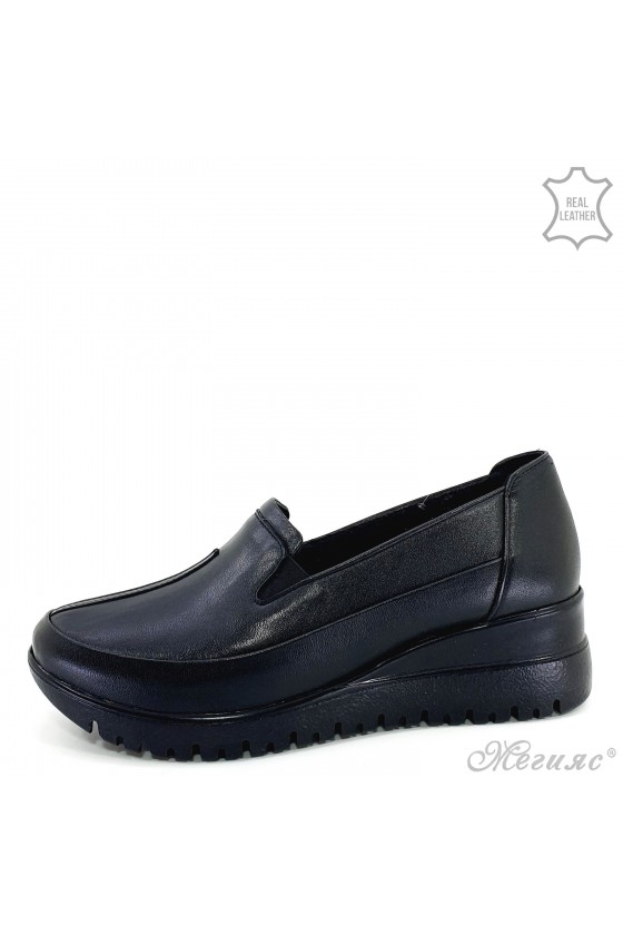 Lady shoes black leather  1001