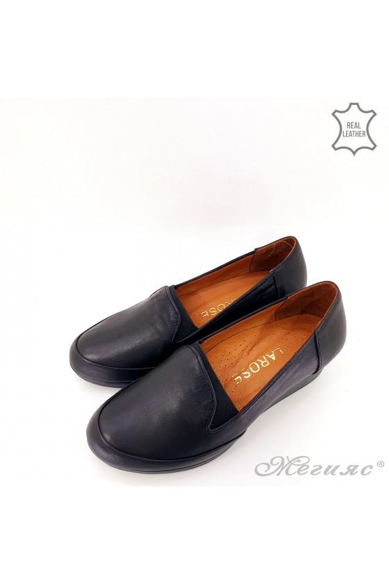 Дамски обувки големи номера естествена кожа черно 414-61-01