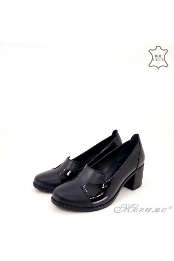 Дамски обувки на дебел ток естествена кожа+лак черно 314-k