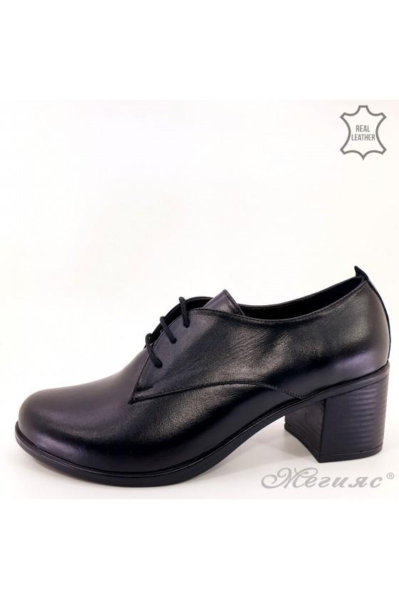 Дамски обувки на дебел ток естествена кожа черно 310-1
