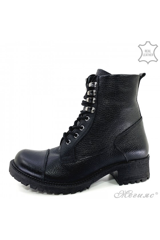 101 Lady boots black leather