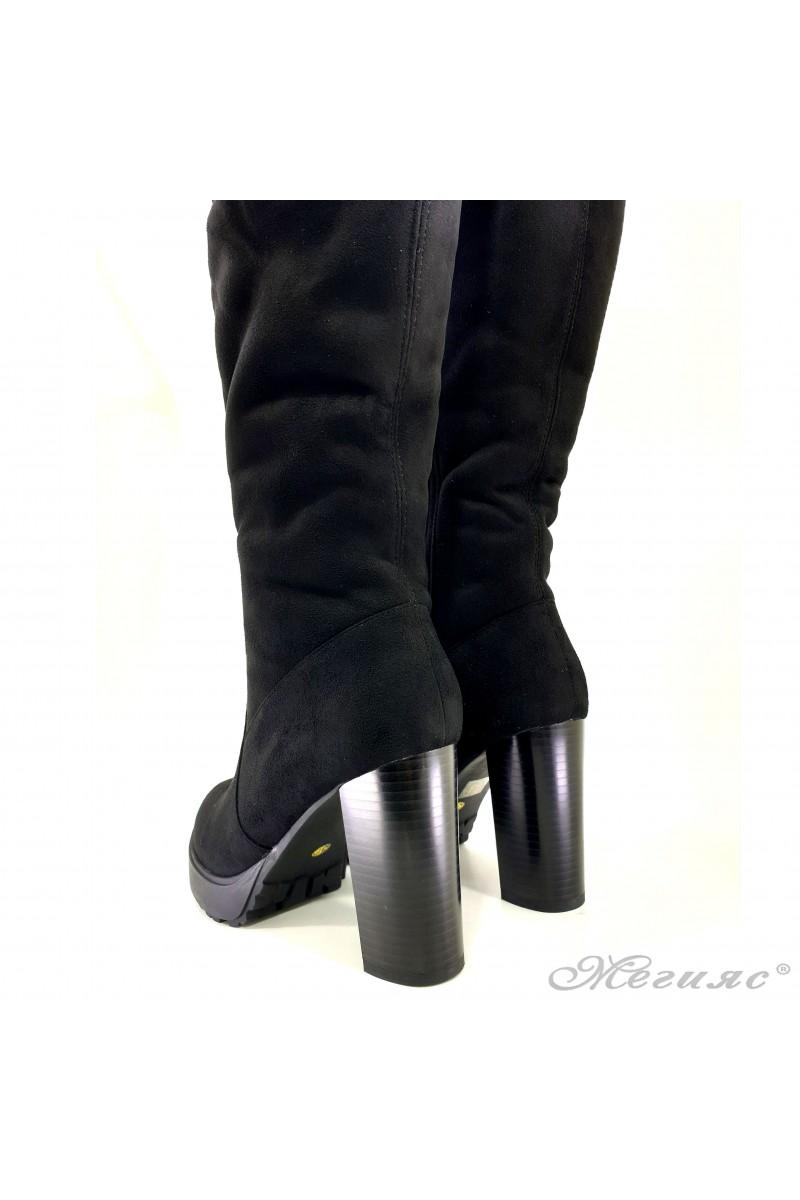 Дамски ботуши на ток черни Carol 18-2183
