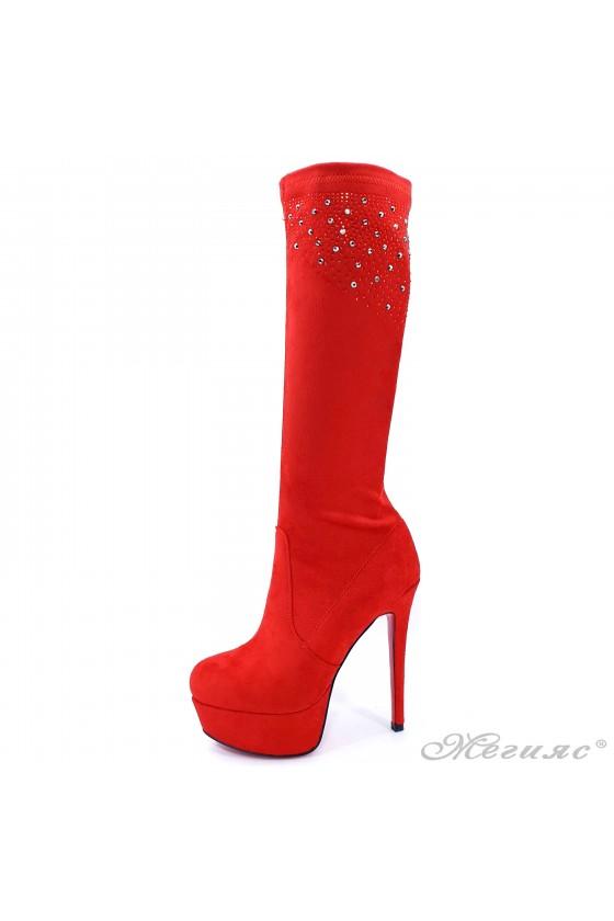 Дамски ботуши на ток червени Carol W18-2078