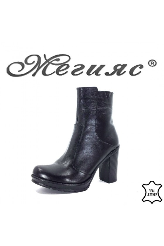 911-1  Lady boots black leather