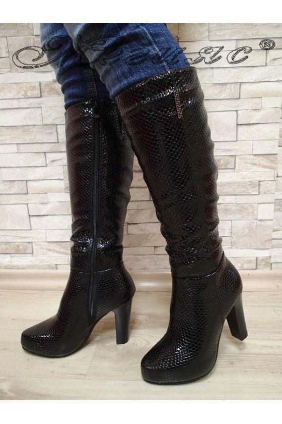 Дамски ботуши черни от еко кожа с висок ток 20W17-62
