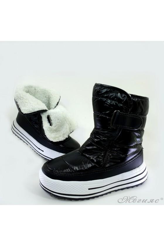 19-1319  Lady boots black