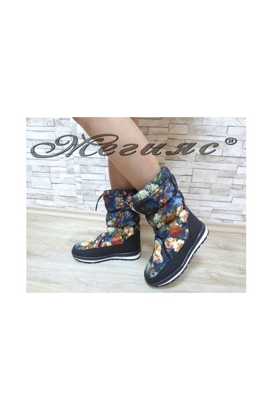 19-1309  Lady boots black with flowers