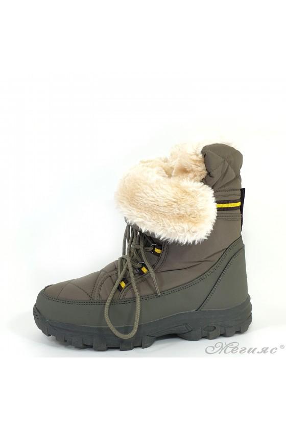 19-1312 Women boots green
